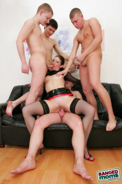 boys gangbang mother